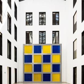 Daniel Buren: La Grande Fenêtre, 2001 / © VG Bild-Kunst, Bonn; Fotonachweis: BBR / Cordia Schlegelmilch (2015)