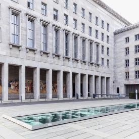 Wolfgang Rüppel: Denkmal zur Erinnerung an den Aufstand des 17. Juni 1953, 2000 / © Wolfgang Rüppel; Fotonachweis: BBR / Cordia Schlegelmilch (2015)
